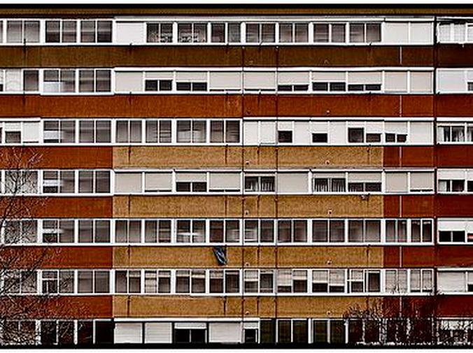 ¿Se pueden cortar los servicios centrales a un vecino moroso?